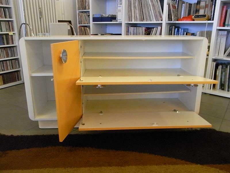 Ruempelstilzchen kultiges 70er jahre sideboard panton stil for Sideboard 60er jahre stil