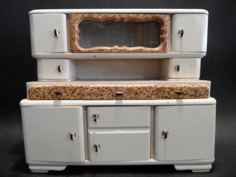 ruempelstilzchen k chenbuffet 40er 50er jahre puppenk che. Black Bedroom Furniture Sets. Home Design Ideas