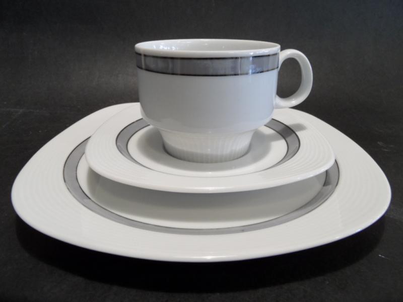ruempelstilzchen kaffeeservice arzberg 12 personen. Black Bedroom Furniture Sets. Home Design Ideas