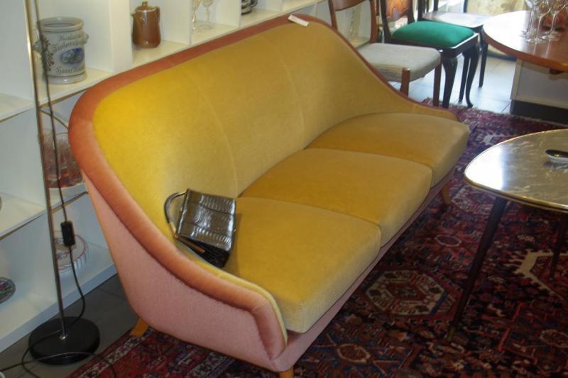 ruempelstilzchen 3er sofa und 2 sessel aus den 60ern. Black Bedroom Furniture Sets. Home Design Ideas