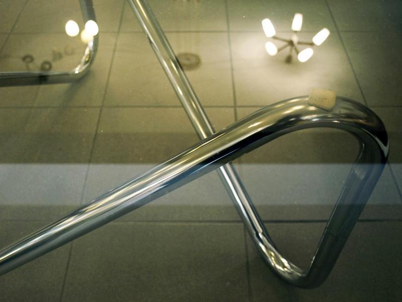 Ruempelstilzchen | Glastisch | Stahlrohrrahmen in Chrom