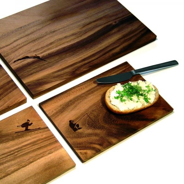 ruempelstilzchen schneidbrett fu baller pension f r. Black Bedroom Furniture Sets. Home Design Ideas