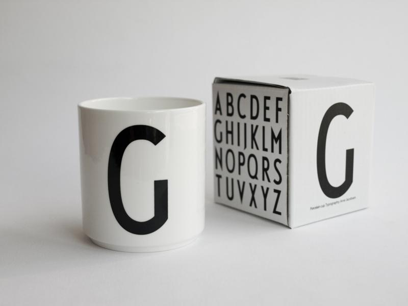 ruempelstilzchen g typographie tasse arne jacobsen. Black Bedroom Furniture Sets. Home Design Ideas