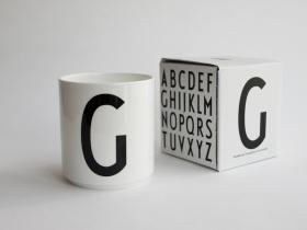 ruempelstilzchen milchk nnchen arne jacobsen design letters. Black Bedroom Furniture Sets. Home Design Ideas