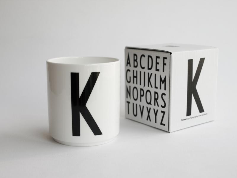 ruempelstilzchen k typographie tasse arne jacobsen design letters. Black Bedroom Furniture Sets. Home Design Ideas