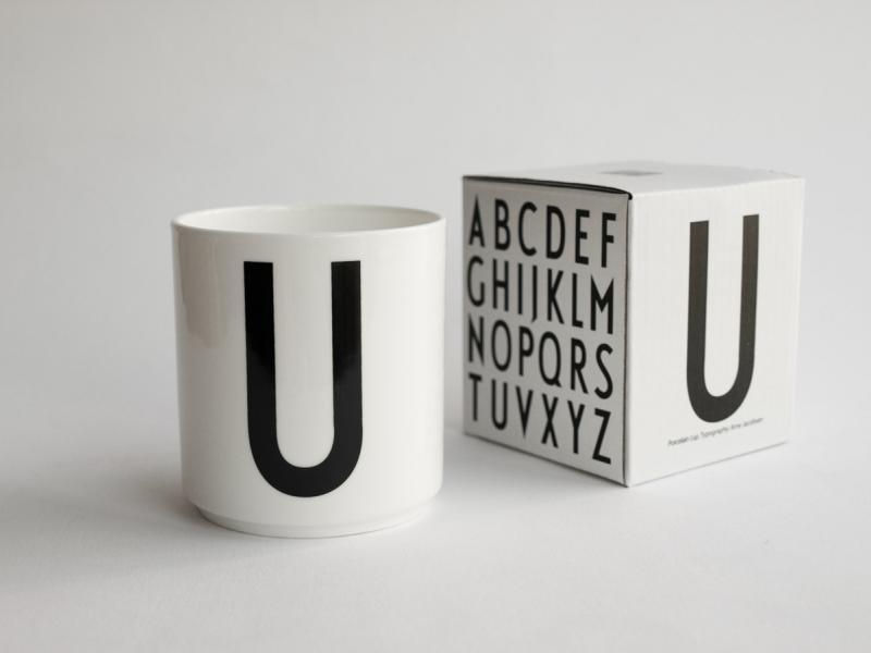 ruempelstilzchen u typographie tasse arne jacobsen design letters. Black Bedroom Furniture Sets. Home Design Ideas
