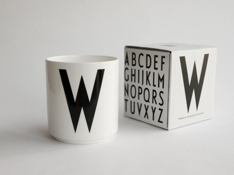 ruempelstilzchen w typographie tasse arne jacobsen. Black Bedroom Furniture Sets. Home Design Ideas