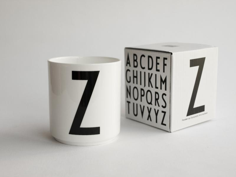 ruempelstilzchen z typographie tasse arne jacobsen design letters. Black Bedroom Furniture Sets. Home Design Ideas