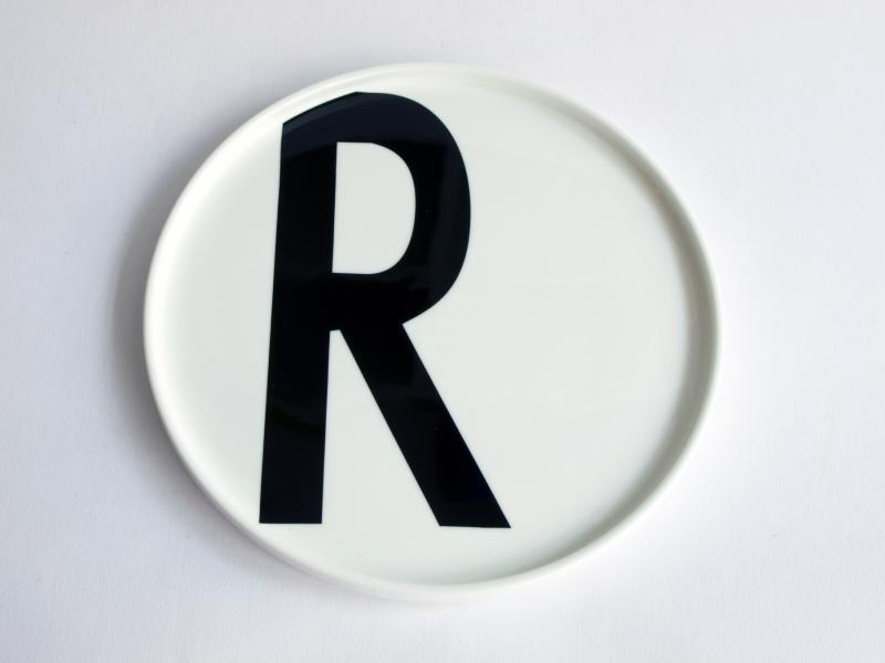 ruempelstilzchen r typographie teller arne jacobsen design letters. Black Bedroom Furniture Sets. Home Design Ideas