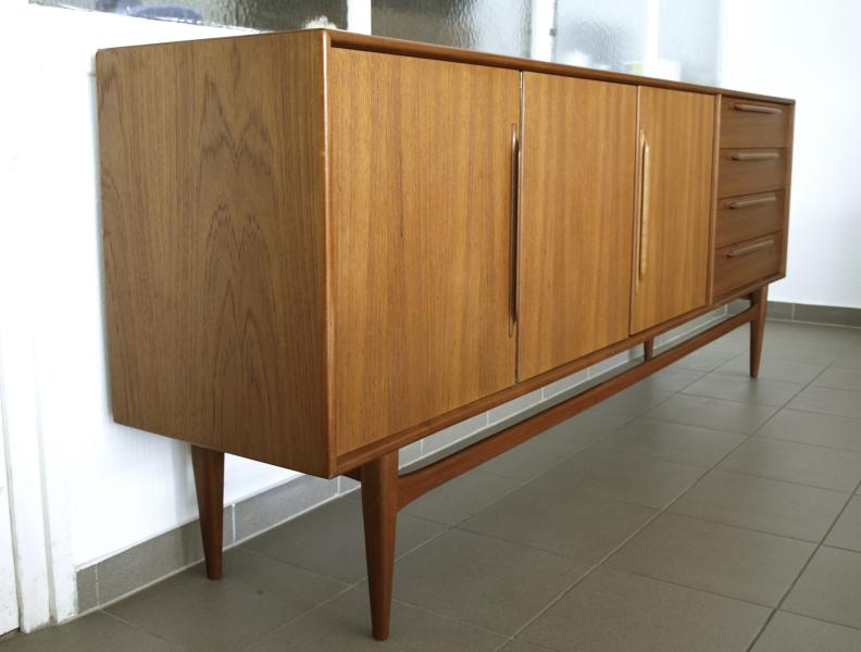 ruempelstilzchen sideboard teakholz mid century 60er. Black Bedroom Furniture Sets. Home Design Ideas