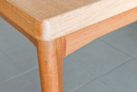 Ruempelstilzchen tisch for Esstisch replica