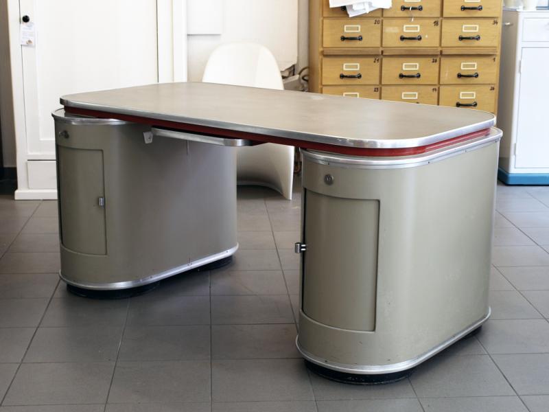 Schreibtisch Köln ruempelstilzchen mauser rundform schreibtisch modell köln