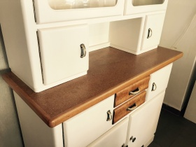 ruempelstilzchen schrank. Black Bedroom Furniture Sets. Home Design Ideas