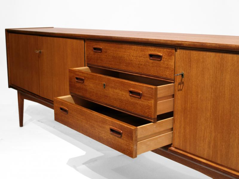 ruempelstilzchen sideboard 60er teak. Black Bedroom Furniture Sets. Home Design Ideas