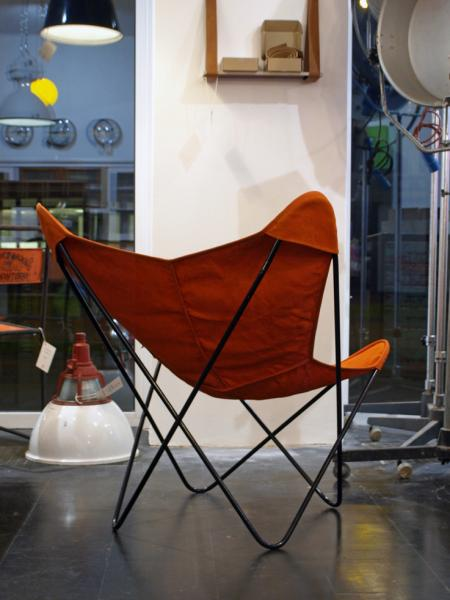 ruempelstilzchen butterfly chair hardoy knoll. Black Bedroom Furniture Sets. Home Design Ideas