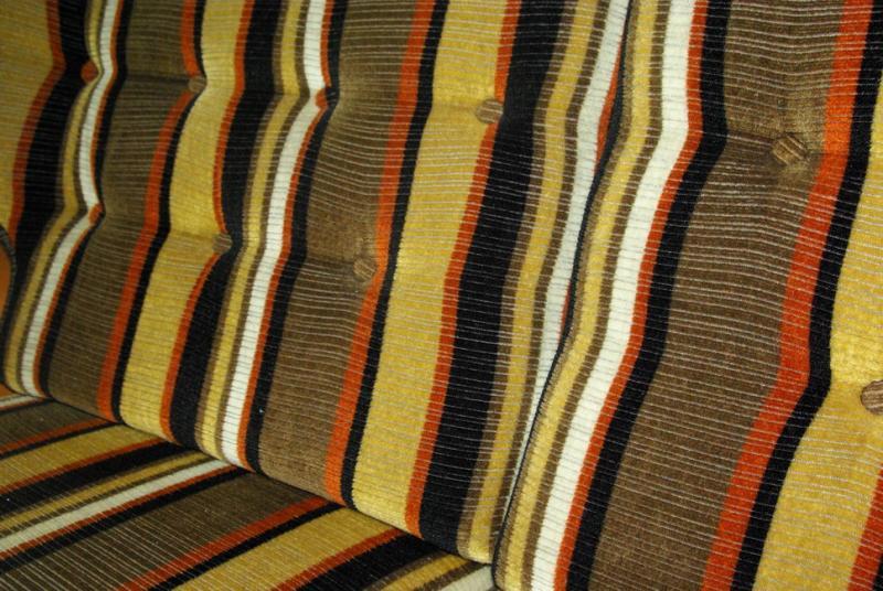 Ruempelstilzchen 70er Jahre Sofa