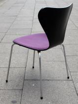 ruempelstilzchen stuhl arne jacobsen serie 7. Black Bedroom Furniture Sets. Home Design Ideas
