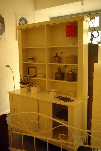 ruempelstilzchen wei e k chenanrichte von ikea. Black Bedroom Furniture Sets. Home Design Ideas
