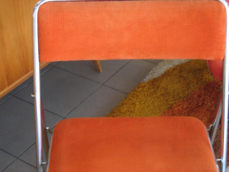 Ruempelstilzchen 70er Jahre Klappstuhl Cord Orange