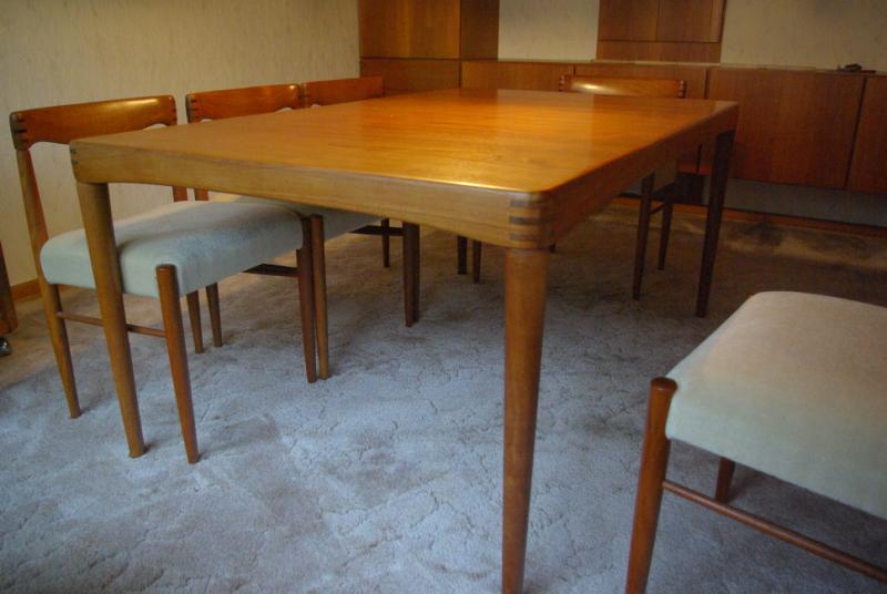 Ruempelstilzchen Esstisch Teakholz Dining Table  : 722 b big from www.ruempelstilzchens-laden.de size 800 x 536 jpeg 47kB