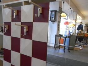 Ruempelstilzchen spiegel for Garderobe 70er