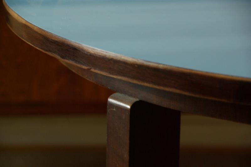 Ruempelstilzchen  Kleiner Couchtisch  blaue Platte  60er