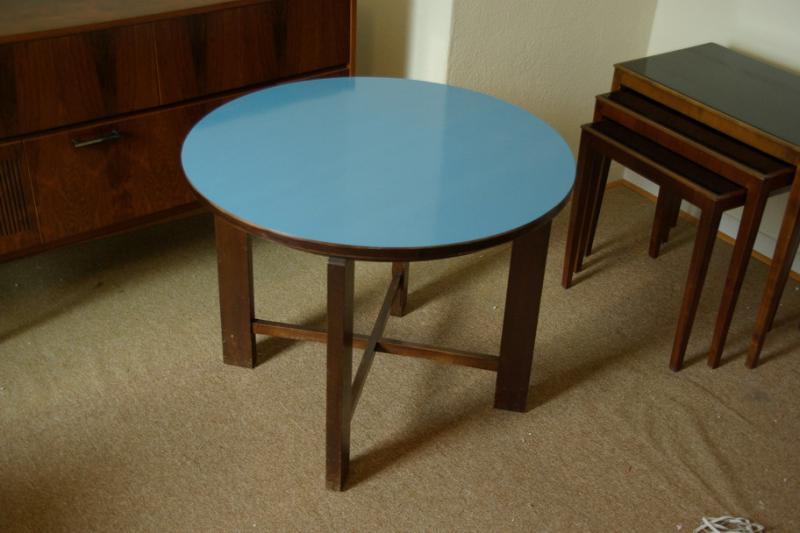 Ruempelstilzchen kleiner couchtisch blaue platte 60er for Couchtisch 60er